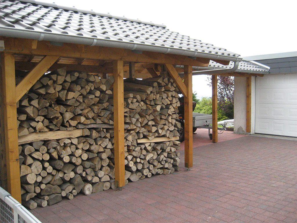 Vordach aus Holz