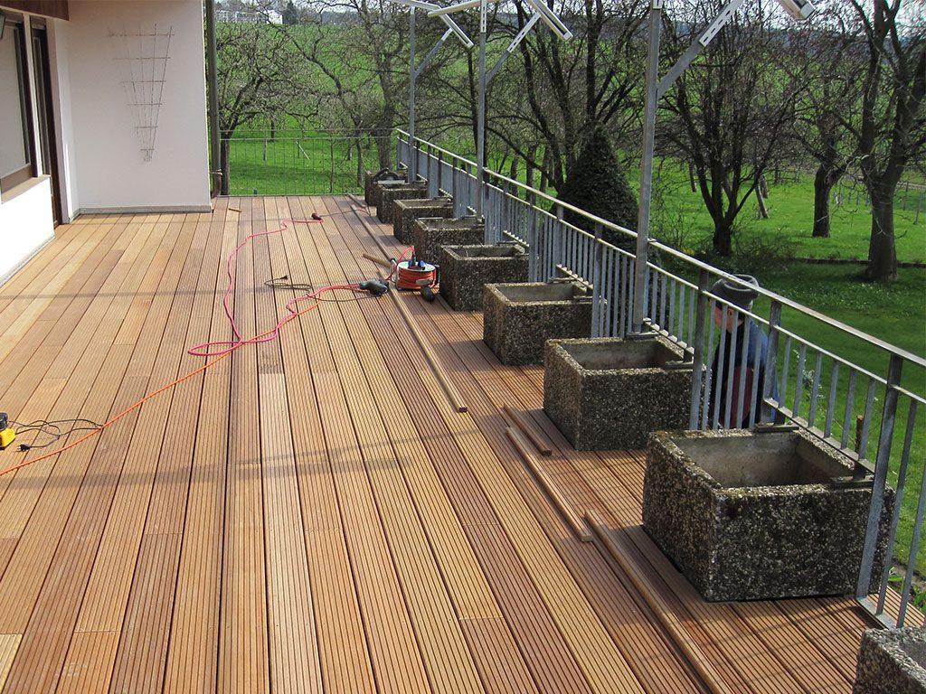 erassenboden aus Holzdielen